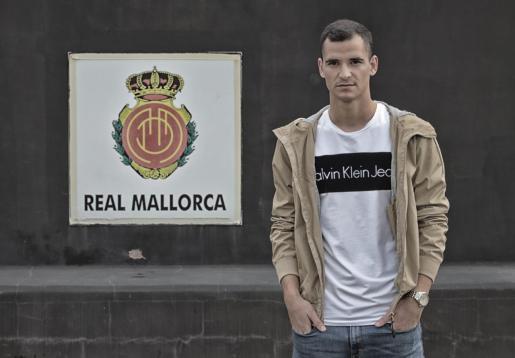 El delantero Sergio Buenacasa, en una imagen captada en la ciudad deportiva Antonio Asensio.