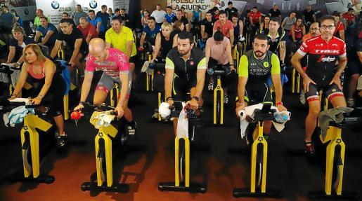 Entre las actividades más concurridas en este inicio de año se encuentran el spinning, la zumba y el body pump.
