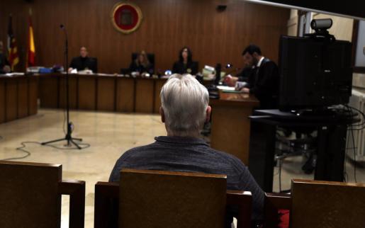 El acusado, en la Audiencia de Palma.