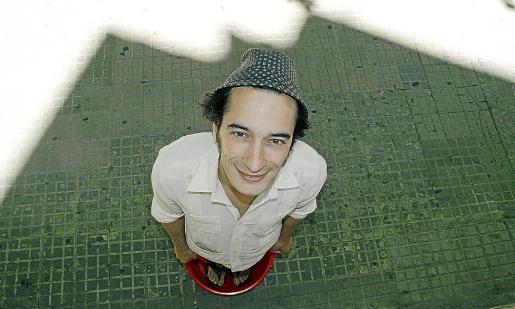 El artista Roberto White actuará esta tarde en el Teatre Principal de Palma.