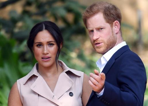 La exactriz de la serie 'Suits' y su esposo, el príncipe Enrique.