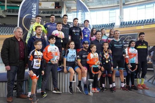 Imagen del podio del Trofeu Ciutat de Palma-Xavier Bonnín de ciclismo en pista.