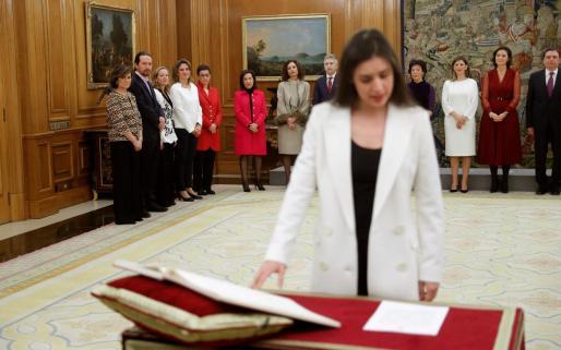 Irene Montero promete su cargo como nueva ministra de Igualdad.