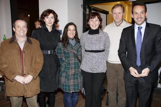 Lorenzo Bravo, Bel Oliver, Katiana Vicens, Francina Armengol, Ramón Sócias y Marc Pons, tras la conferencia de Carme Riera en el Instituto Cervantes de Berlín.