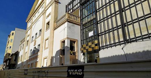 En el próximo pleno municipal se incluirá un punto para debatir la decisión que ha tomado la Fundació Teatre Principal.