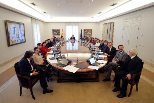 Reunión del primer Consejo de Ministros presidido por Pedro Sánchez.
