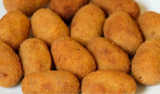 Las croquetas son un plato tradicional sometido a una constante revisión.
