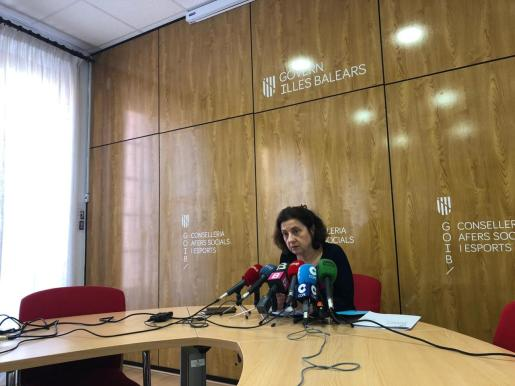 La consellera Fina Santiago ha comparecido de urgencia ante los medios por el caso de abuso de menores en centros de reinserción.