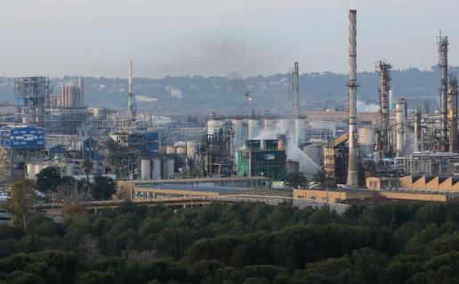 Vista la empresa Iqoxe de Tarragona donde se ha producido la explosión.
