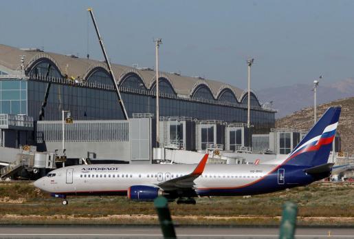 El aeropuerto de Alicante retoma el tráfico de forma progresiva.