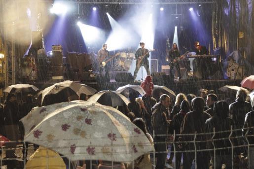 La lluvia ha estado presente en las fiestas de Sant Sebastià muchos años.