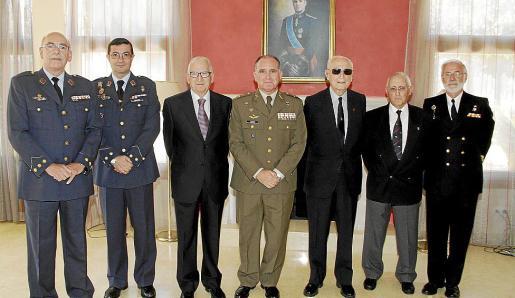 Cristóbal Sbert, Víctor M. Navarro, Jesús Rodríguez, Adolfo Orozco, Domingo Jiménez, José Oliver y José Mª Lavilla.