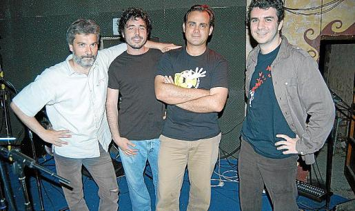 Gabi Rodas, Victor Rosselló, Lalo y Miki Serra.