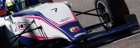 Lorenzo Fluxá pisa el podio en la Fórmula 4 de Yas Marina