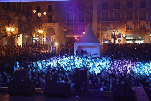 Lleno total en el concierto de los 40 de Palma.