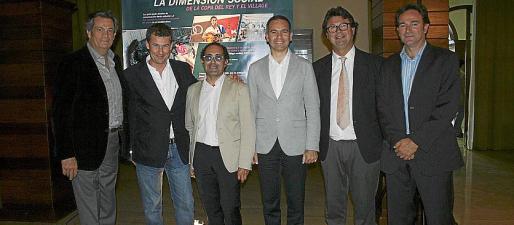 Javier Escobar, Juan Oliver, Emerico Fuster, Toni Borrás, Jaume Carbonell y Rafael León Piñero.