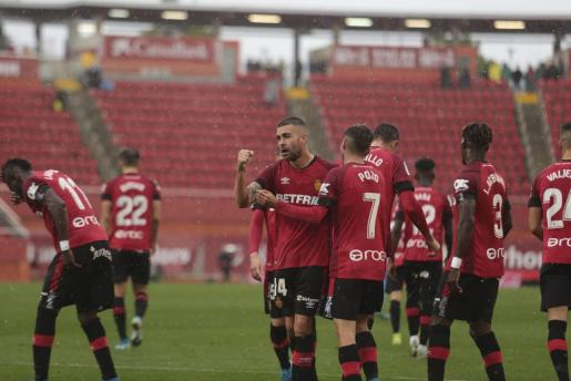 Dani Rodríguez celebra el gol conseguido ante el Valencia.