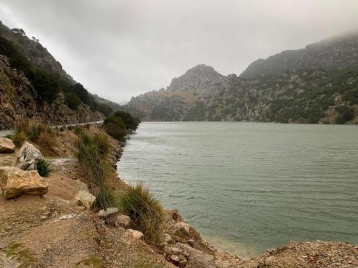 El caudal ha aumentado notablemente tras las intensas precipitaciones que ha tráido la borrasca Gloria.