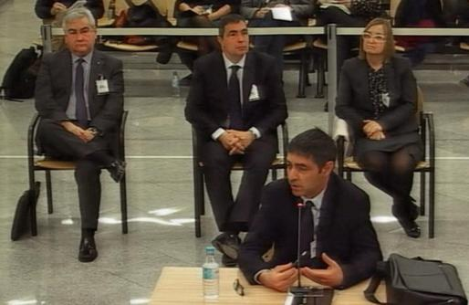 El mayor de los Mossos d'Esquadra Josep Lluís Trapero durante su declaración en la segunda jornada del juicio a la cúpula de los Mossos por su papel en el proceso soberanista catalán, este martes, en la Audiencia Nacional.