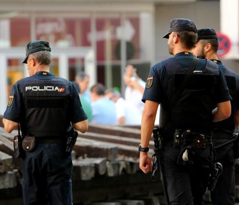 Agentes de la Policía Nacional detuvieron al joven.