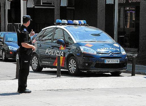 La policía arrestó al sospecho tras la denuncia de la víctima.