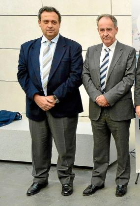 González Devesa (izquierda) junto a Javier Sanz.
