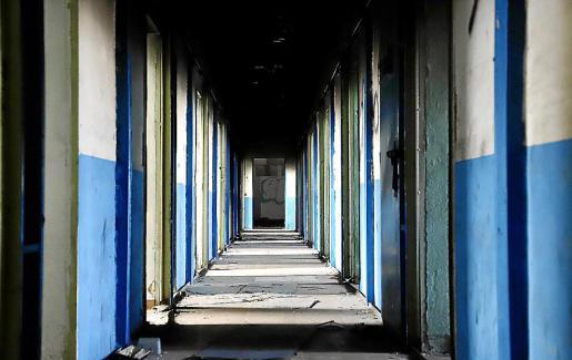Las celdas perderán algunas de sus paredes y serán estudios individuales.