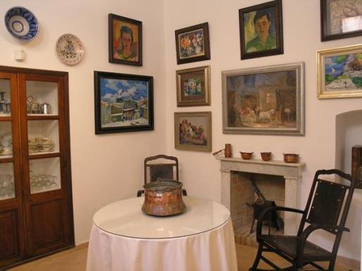 Un detalle del interior de la Casa Museo Dionís Bennàssar en Pollença.