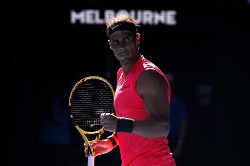 El tenista español Rafa Nadal celebra un punto durante el partido ante su compatriota Pablo Carreño en el Abierto de Australia.