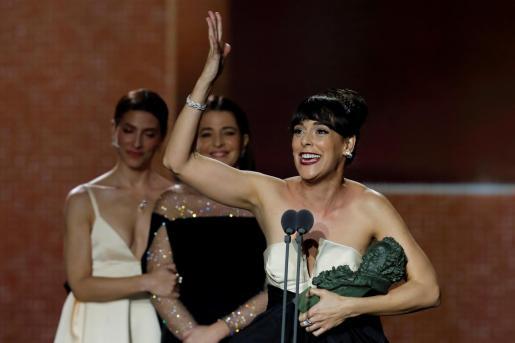 La actriz Belén Cuesta tras recibir el premio a 'Mejor actriz protagonista' por su trabajo en 'La trinchera infinita'.