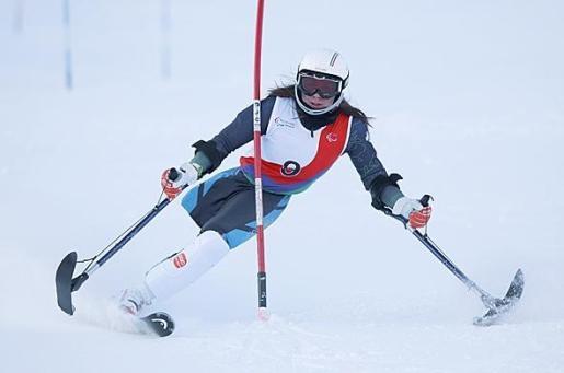 La esquiadora mallorquina Úrsula Pueyo, durante una competición.