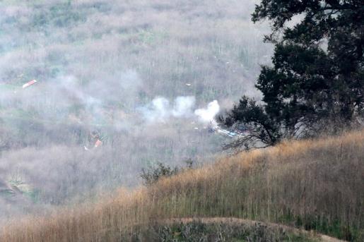 Imagen de la zona en la que se estrelló el helicóptero en el que viajaba Kobe Bryant, acompañado de una de sus hijas y otras siete personas.