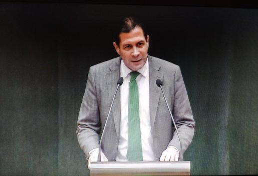 Pedro Fernández defiende que Madrid abre la vía para aprobar el pin parental, pese a las reticencias del equipo de gobierno municipal.