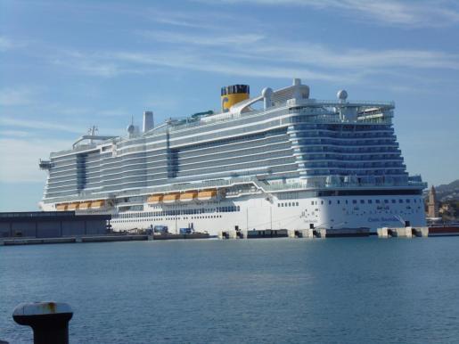 El Costa Smeralda, este martes en el puerto de Palma.