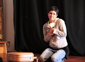 'Besa'm 2.0', una propuesta de danza y teatro en el Catalina Valls