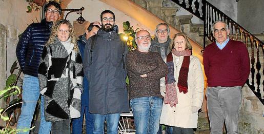 Bernat Oliver, Victoria Burguera, Pepe España, Miguel Garí, Antoni Domingo, Santiago Aparicio, Margalida Aparicio y Toni Planas.
