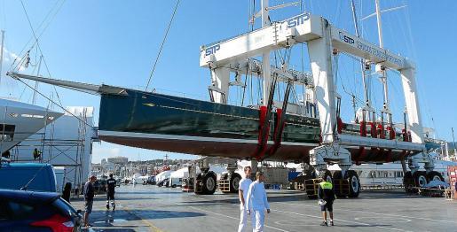 El número de embarcaciones reparadas en el varadero abierto de STP fue de 802 durante el pasado año.