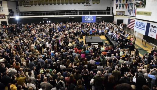 La senadora Elizabeth Warren interviene en Iowa.