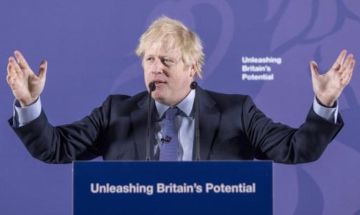 El primer ministro británico, Boris Johnson, da un discurso sobre 'Liberar el potencial británico' en el Old Royal Naval College en Londres.