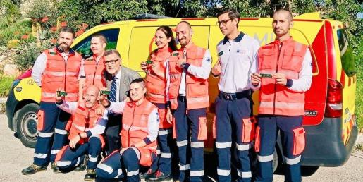 Técnicos del SAMU promueven con la AECC una iniciativa en Baleares para recaudar fondos para la lucha contra el cáncer.