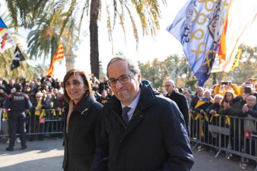 El president de la Generalitat, Quim Torra, junto a su mujer Carola Miró, en una imagen de archivo.