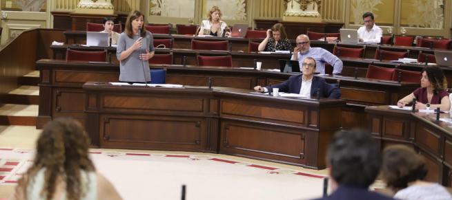 El decreto de reactivación económica se tramitará como proyecto de ley, en contra del criterio del Govern