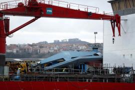 Fallece un trabajador en el Puerto de Bilbao al desplomarse una grúa de grandes dimensiones