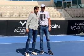 Nadal derrota a Ferrer en la inauguración de su Academia en Kuwait