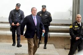 Asaltan la casa de Palma del exdelegado del Gobierno José María Rodríguez