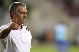 El Real Madrid renueva  a José Mourinho hasta 2016