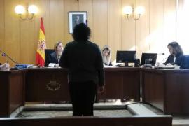Condenada una mujer a la que hallaron 66 plantas de marihuana en su casa