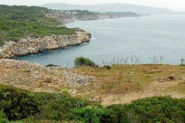 Los ecologistas se oponen a una prueba deportiva en la zona protegida de Cala Rafeubetx