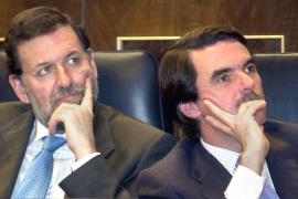 Aznar y Rajoy declararán como testigos en el juicio por la presunta caja 'b' del PP