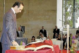 La oposición asegura que Bauzá incurrió en incompatibilidad cuando juró como president